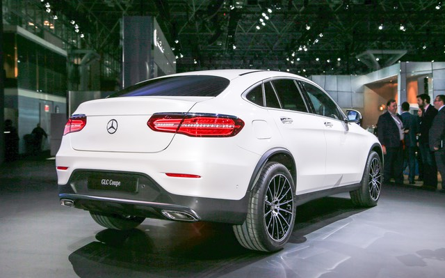 2017-Mercedes-Benz-GLC-coupe-rear-three-quarter